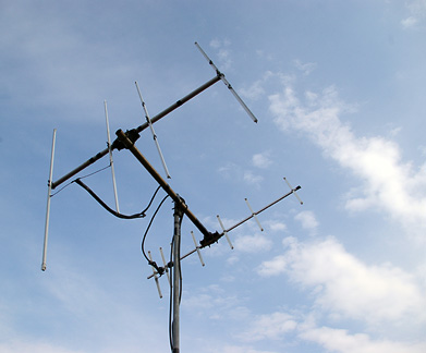 145MHz 4el.H-Hentenna and 435MHz 7el.H-Hentemma for Satellite. Elevation Angle: 15deg.